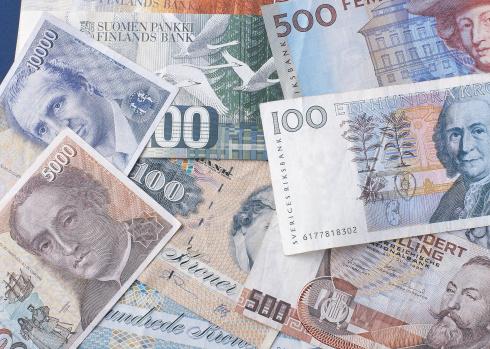 Finland「Close-up of bank notes」:スマホ壁紙(15)