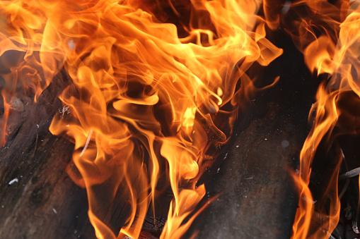 Hell「Close-up of a wood fire.  Switzerland.」:スマホ壁紙(18)