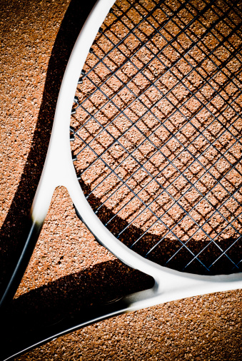 クレイコート「Close-up of a tennis racket」:スマホ壁紙(19)