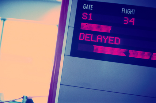 Delayed Sign「Close-up of a Flight Information Monitor」:スマホ壁紙(12)