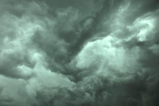 Meteorology「Close-up of dramatic dark storm clouds」:スマホ壁紙(15)
