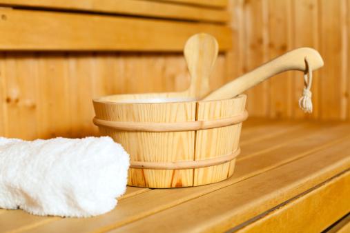 Bucket「Close-up of towel, bucket and ladle in sauna」:スマホ壁紙(16)