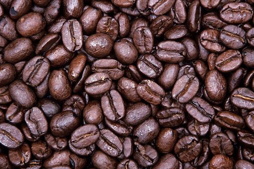 Redmond - Washington State「Close-up of coffee beans, Redmond, Washington State, USA」:スマホ壁紙(9)