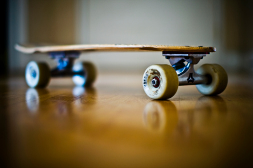 Buenos Aires「Close-up of a skateboard, Buenos Aires, Argentina 」:スマホ壁紙(3)