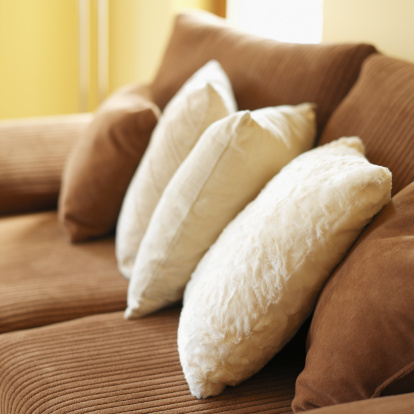 Close-up「close-up of cushions on a couch」:スマホ壁紙(12)