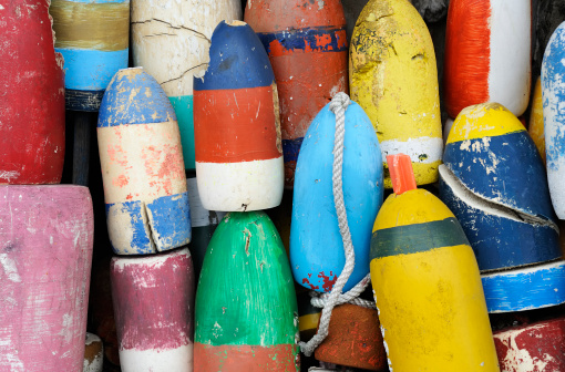 Buoy「Closeup of very colorful fishing buoys」:スマホ壁紙(16)
