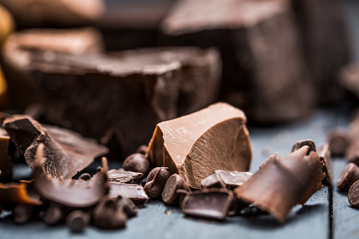 chocolate「Close-up of chocolate pieces」:スマホ壁紙(11)