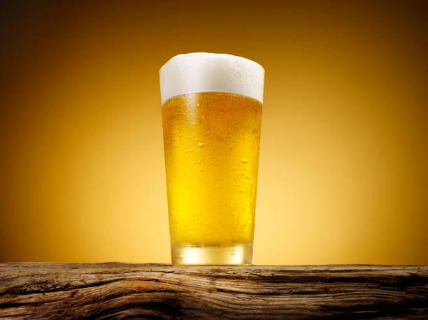 Close-up of beer glass.:スマホ壁紙(壁紙.com)