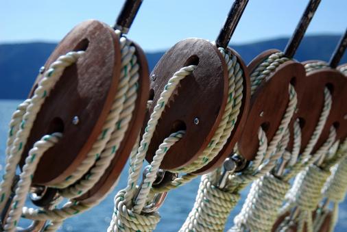 Sailboat「Close-up of ship rigging wires」:スマホ壁紙(19)