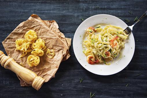 Zucchini「Shrimp Pasta」:スマホ壁紙(4)
