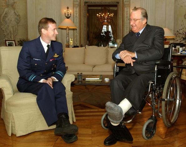 コスモス「Belgium King Albert Meets With Belgian Astronaut」:写真・画像(6)[壁紙.com]