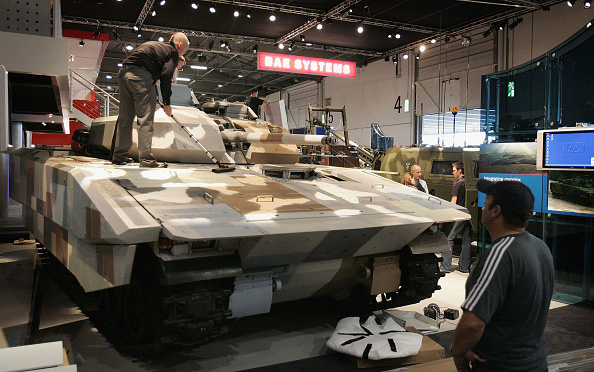 Department Of Defense「Arms Manufacturers Put Their Latest Wares On Show In London」:写真・画像(15)[壁紙.com]