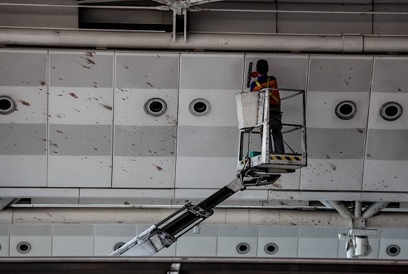 Splashing「Many Killed In Suicide Bomb Attack On Ataturk International Airport In Istanbul」:写真・画像(15)[壁紙.com]
