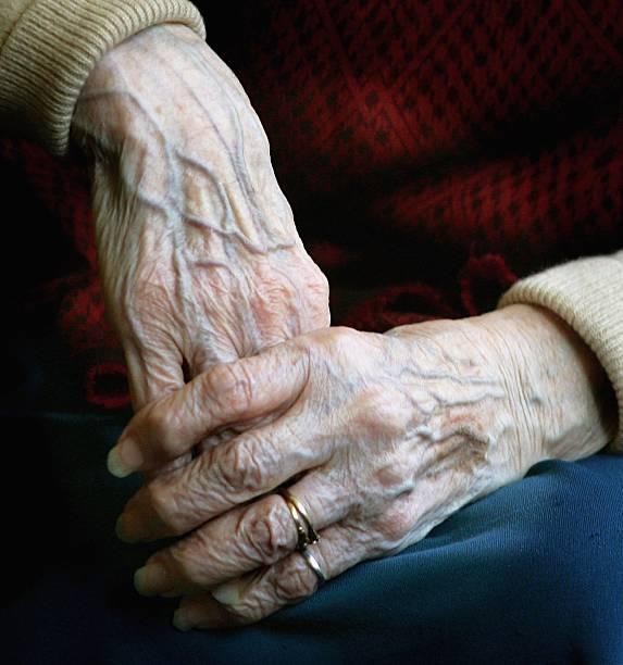 State Pension Crisis Dominates Political Agenda:ニュース(壁紙.com)