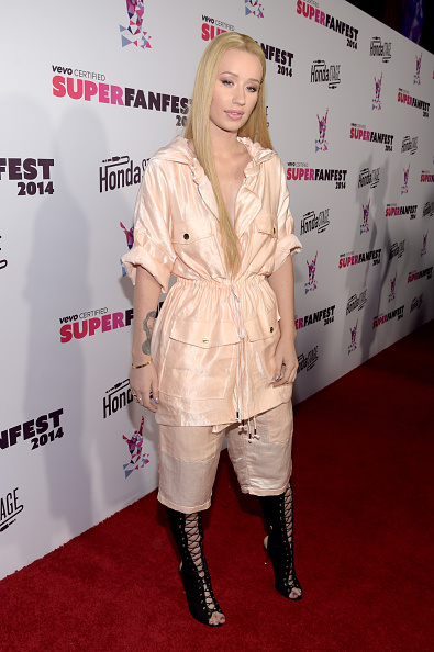 Cream Colored Shorts「Vevo CERTIFIED SuperFanFest Presented By Honda Stage - Arrivals」:写真・画像(12)[壁紙.com]