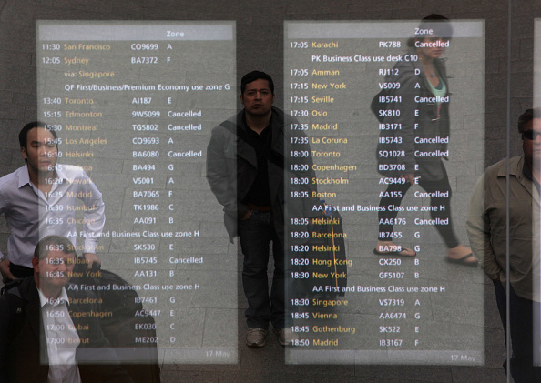 Heathrow Airport「Delays And Cancellations At UK Airports As Ash Cloud Returns」:写真・画像(8)[壁紙.com]