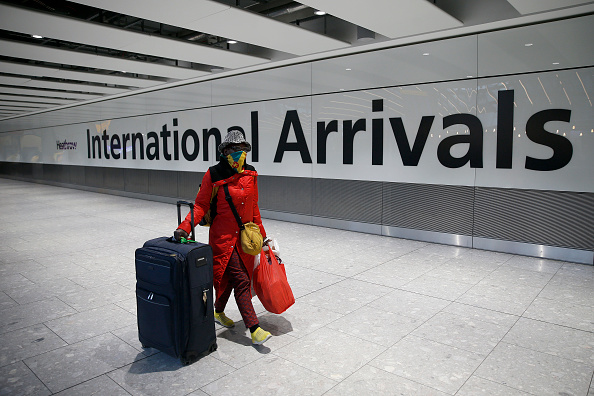 Arrival「UK To Suspend 'Travel Corridors' From Monday」:写真・画像(8)[壁紙.com]