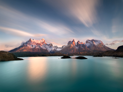 Extreme Terrain「Torres del Paine at sunrise with Pehoe lake」:スマホ壁紙(6)