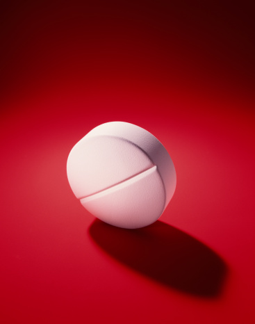 Red Background「White medicine pill」:スマホ壁紙(16)