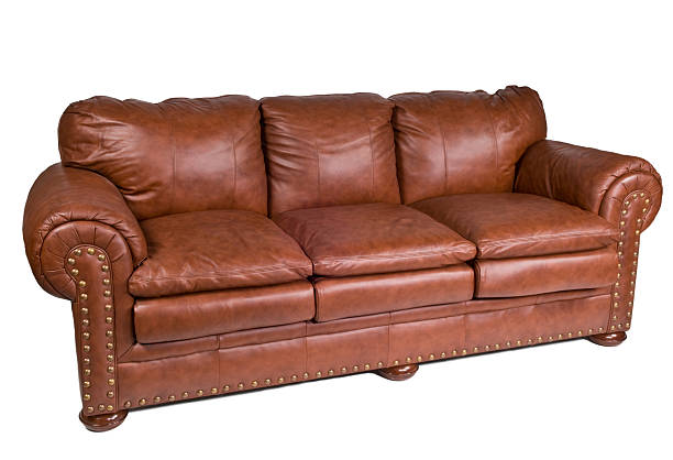 Elegant leather sofa:スマホ壁紙(壁紙.com)