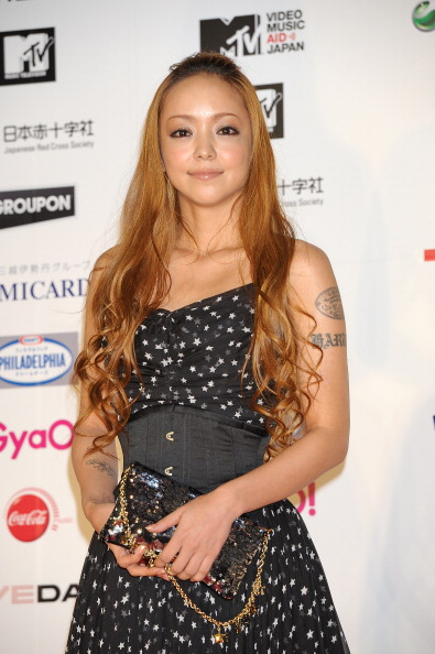 安室奈美恵「MTV Video Music Aid Japan - Red Carpet」:写真・画像(5)[壁紙.com]