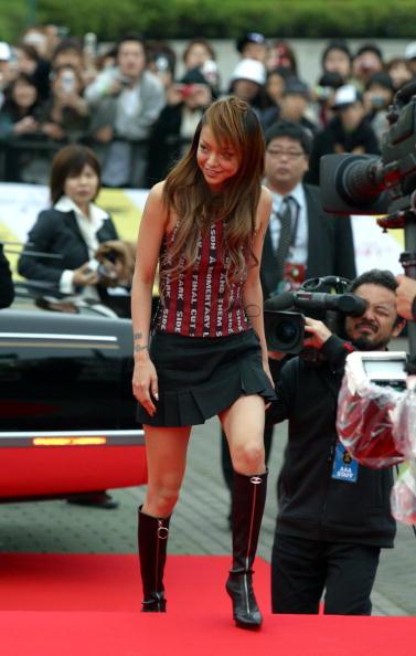 安室奈美恵「MTV Video Music Awards Japan 2004」:写真・画像(2)[壁紙.com]