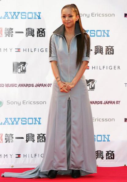安室奈美恵「Arrivals At The MTV Video Music Awards Japan 2007」:写真・画像(5)[壁紙.com]