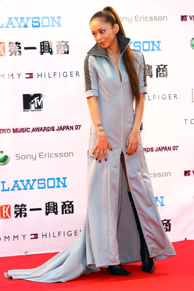 安室奈美恵「Arrivals At The MTV Video Music Awards Japan 2007」:写真・画像(1)[壁紙.com]