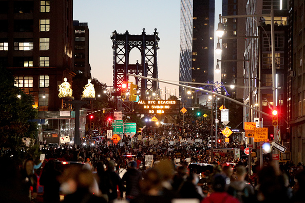Social Justice - Concept「Protests Against Police Brutality Over Death Of George Floyd Continue In NYC」:写真・画像(14)[壁紙.com]