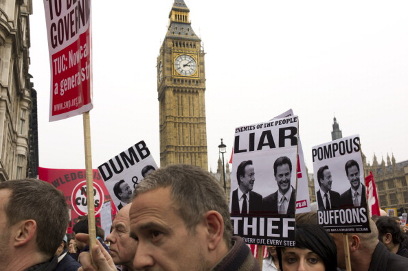 Tom Stoddart Archive「TUC March Against Cuts」:写真・画像(17)[壁紙.com]