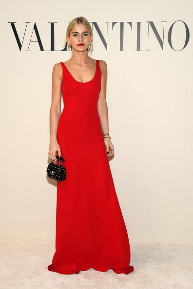 Scooped Neck「Valentino : Front Row - Paris Fashion Week Womenswear Fall/Winter 2020/2021」:写真・画像(5)[壁紙.com]