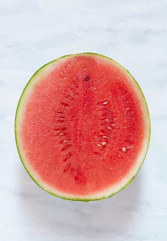 スイカ「Watermelon cut in half」:スマホ壁紙(2)