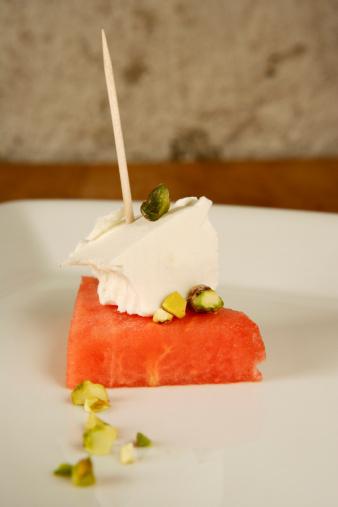 スイカ「Watermelon with feta cheese and pistacchio nuts |」:スマホ壁紙(11)
