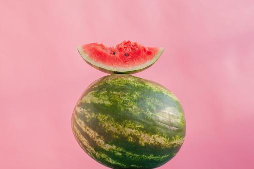 スイカ「Watermelon and a slice of watermelon」:スマホ壁紙(12)