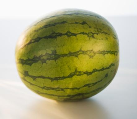 スイカ「Watermelon, close-up」:スマホ壁紙(10)