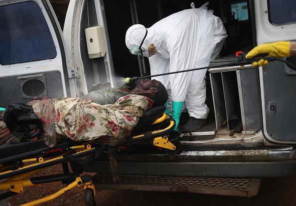 Cremation「Liberia Races To Expand Ebola Treatment Facilities」:写真・画像(18)[壁紙.com]
