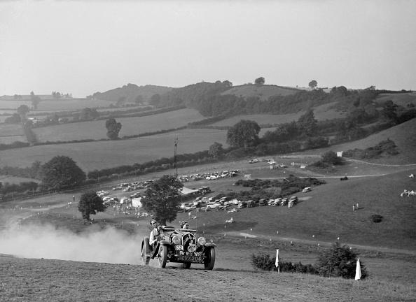 Dust「Fiat Balilla 508S competing in the Singer CC Rushmere Hill Climb, Shropshire 1935」:写真・画像(7)[壁紙.com]