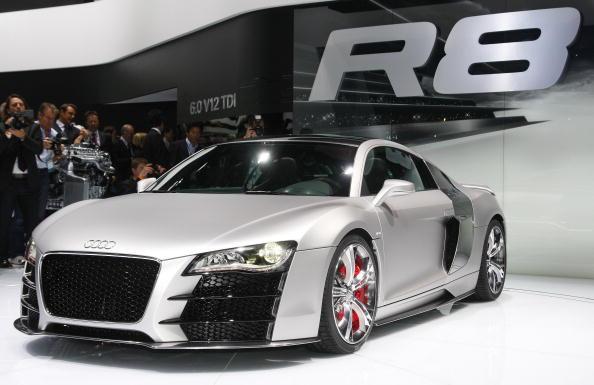 Power Supply「Detroit Auto Show Previews Newest Car Models」:写真・画像(9)[壁紙.com]