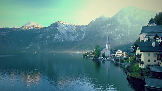 Salzkammergut「Cityscape view of Hallstatt Village Austria」:スマホ壁紙(11)
