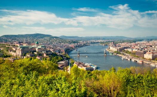 夏「ブダペストの街」:スマホ壁紙(19)