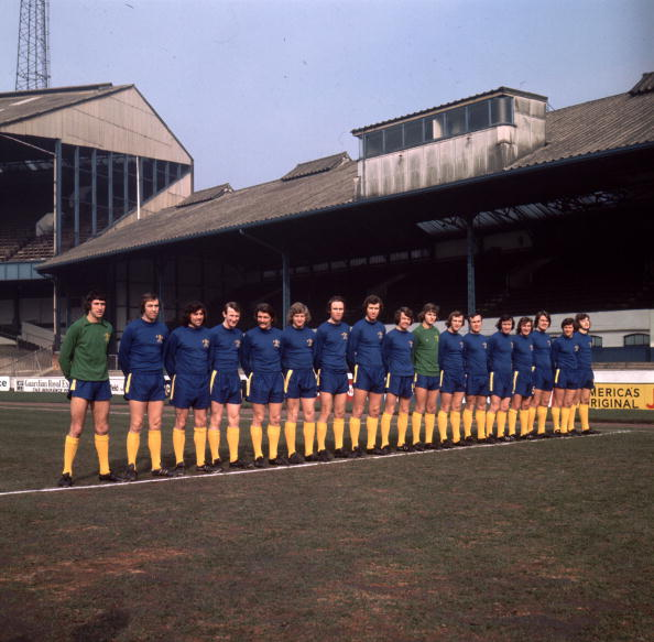 In A Row「Chelsea First Squad」:写真・画像(11)[壁紙.com]