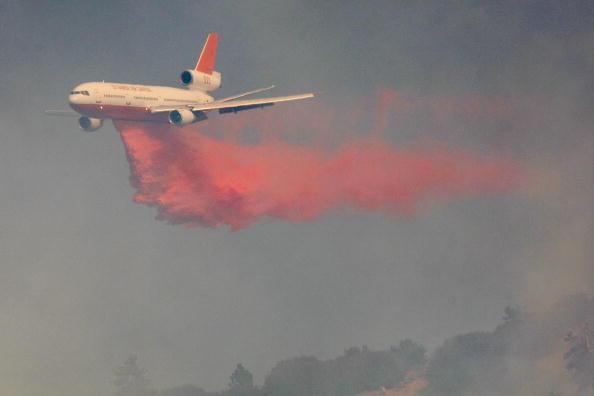 San Bernardino National Forest「Southern California Wildfire Burns Over 3500 Acres Of San Gabriel Mtns」:写真・画像(10)[壁紙.com]