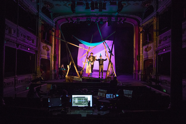 Peter Dench「The Bristol Old Vic Theatre Prepares For It's 250th Anniversary」:写真・画像(2)[壁紙.com]