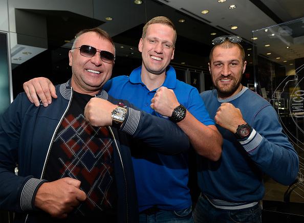 Boxer Sergey Kovalev「Hublot Brand Ambassador Sergey Kovalev Visits The Hublot Las Vegas Boutique」:写真・画像(0)[壁紙.com]