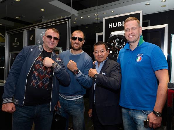 Boxer Sergey Kovalev「Hublot Brand Ambassador Sergey Kovalev Visits The Hublot Las Vegas Boutique」:写真・画像(9)[壁紙.com]