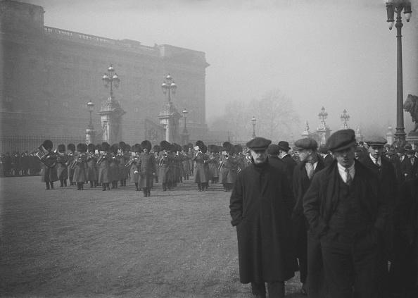 Victoria Memorial - London「Military Band Buckingham Palace」:写真・画像(11)[壁紙.com]