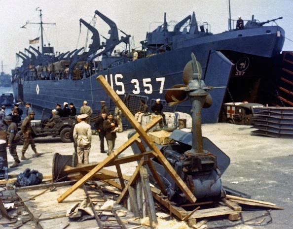 カラー画像「Preparing For D-Day」:写真・画像(7)[壁紙.com]