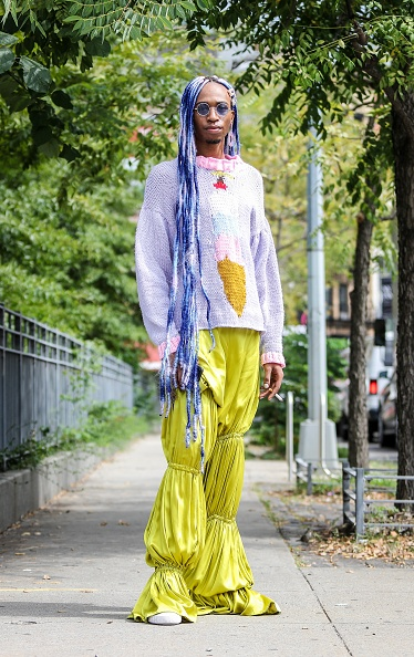 Satin Pants「Street Style - New York Fashion Week September 2019 - Day 6」:写真・画像(9)[壁紙.com]