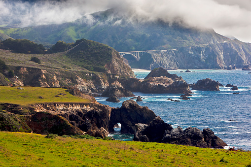 Big Sur「Rocky Creek Bridge and Pacific Coast Highway, Carmel Highlands, California」:スマホ壁紙(18)