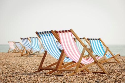 Brighton - England「Deck Chairs on Brighton Beach」:スマホ壁紙(17)
